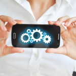 Using mobile devices resources and capabilities to develop software